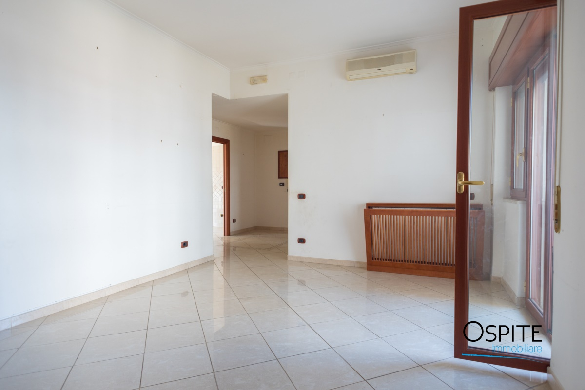 Appartamento, 100 Mq, Vendita - Napoli (Napoli)