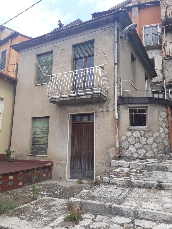 Villa in vendita a Ariano Irpino, 4 locali, prezzo € 18.000 | CambioCasa.it